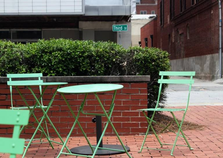 Moveable furniture in Third Street Park. Photo by Taylor Drake tdrake@macon.com